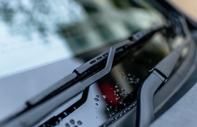 windshield-wiper-blades-rubber