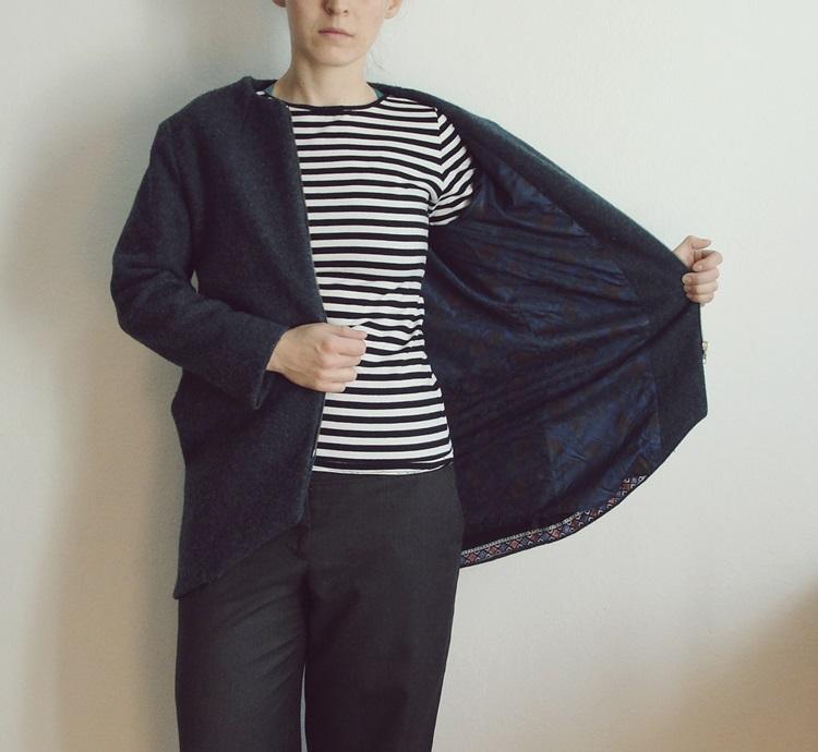 płaszcz z asymetrycznym dołem