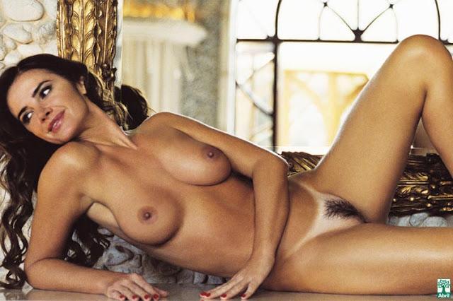 Luma de Oliveira nua na Playboy 2005