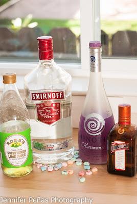 Cupid's cup cocktail, hpnotiq harmonie, vodka, cointreau, lime juice