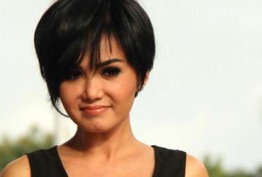 Kumpulan Foto Model Rambut Yuni Shara - Foto Gaya Rambut ...