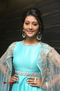 Actress Pooja Jhaveri Stills at Dwaraka Audio Launch .COM 0073.JPG