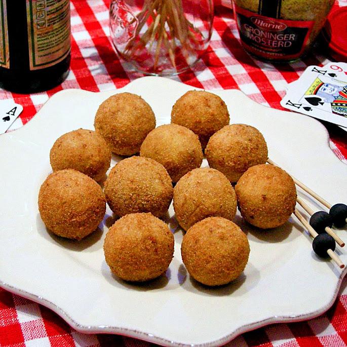 Recept Luxe bitterballen met kip en madera