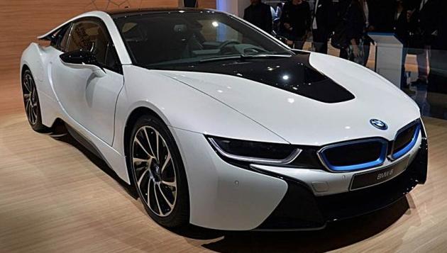 2017 BMW i8S Design