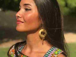 सपने में झुमके की व्याख्या sapne me earrings dekhna