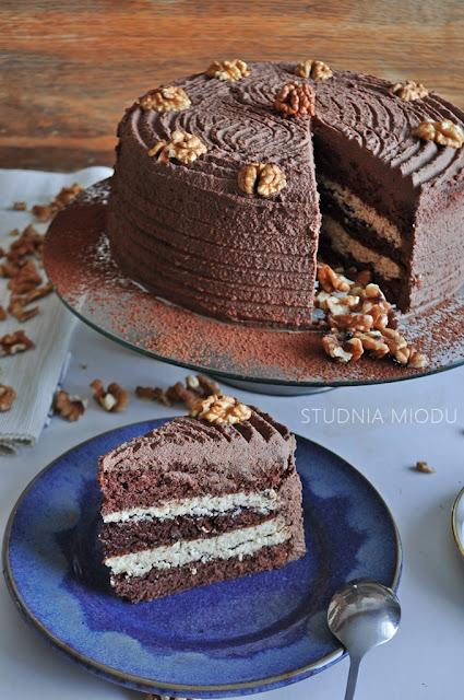 tort studnia miodu przepis orzechy czekolada
