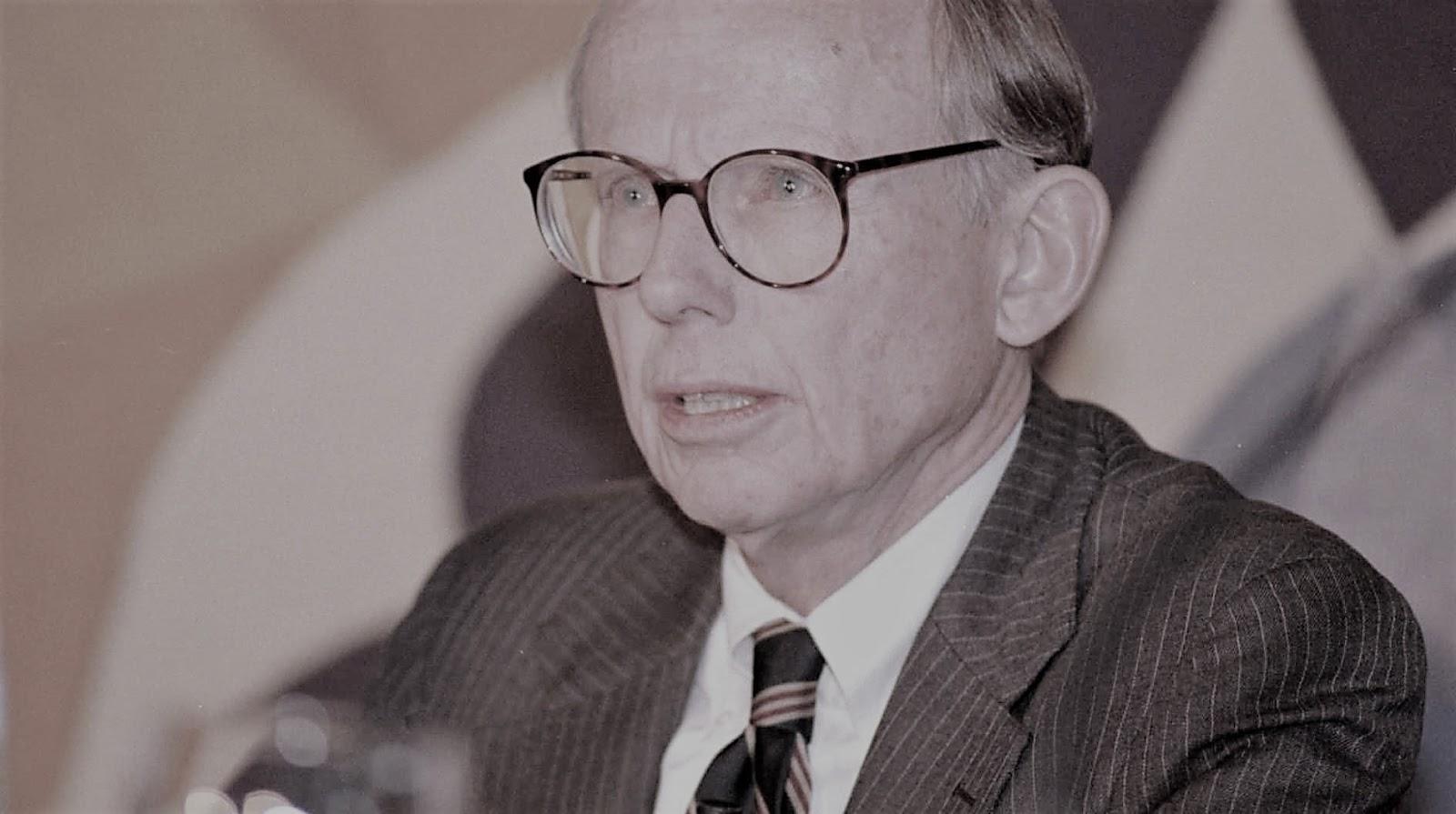 Biografi Singkat Samuel P. Huntington