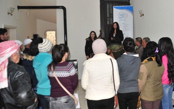 دعما لمسيرتهم التعليمية..تقديم مساعدات مادية للطلاب بالسويداء