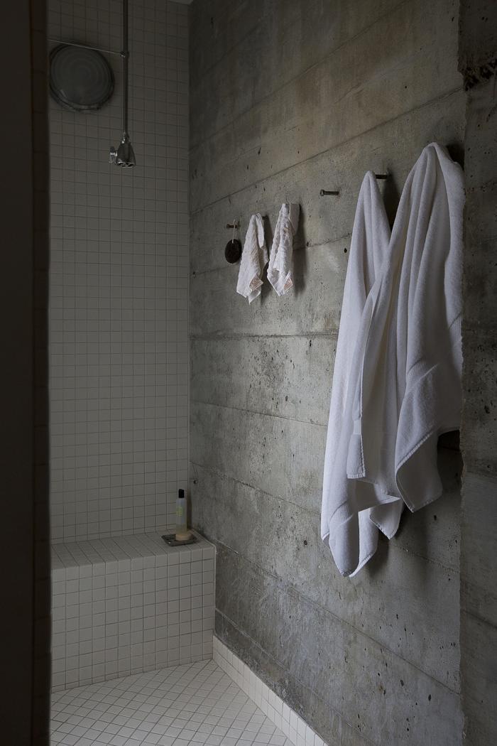 Robust Minimalist Green 12 Bathrooms To Soak In