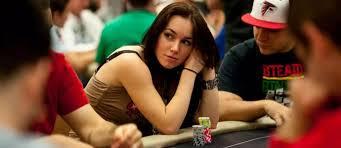 Cara Mudah Mendapatkan Uang Sampingan Dari Bermain Poker