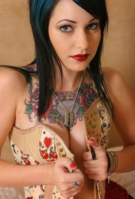 Hot girls Tattoo Pic, Romantic tattoo pic and many others hot design Tattoo Pic