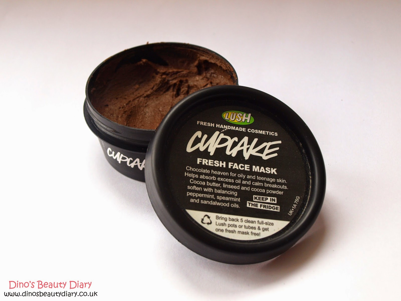 Dino's Beauty Diary - Lush Cupcake Face Mask Review
