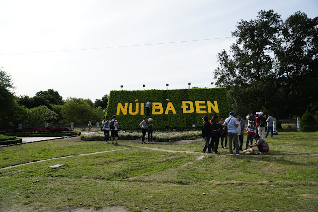 Với khoảng cách từ Sài Gòn lên chỉ hơn 100km, nên cứ chạy từ từ là đến