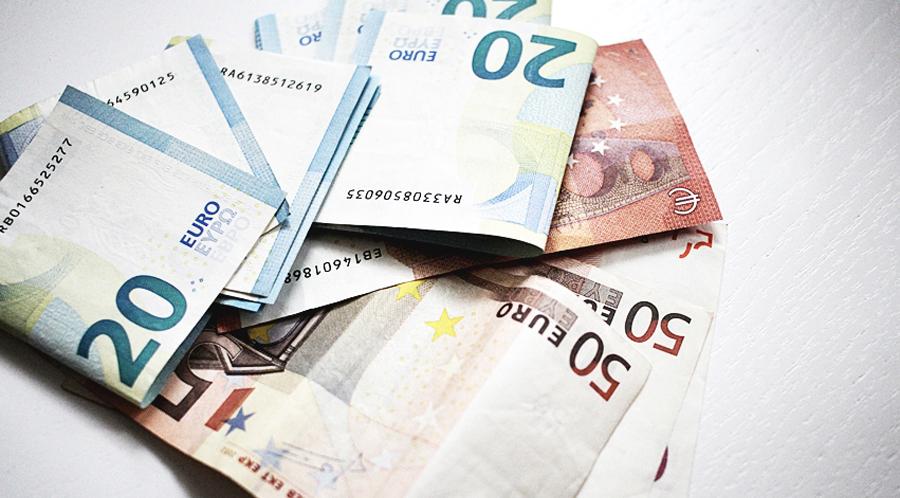 GELDSCHEIN EURO BLOGGER GEHALT €