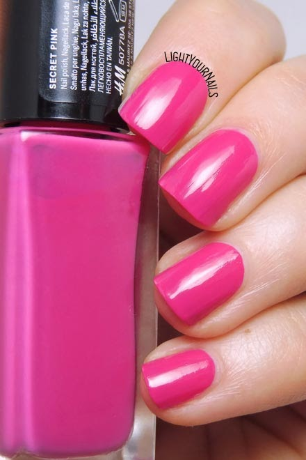 Smalto rosa acceso H&M Secret Pink creme nail polish #nails #lightyournails #hm #hmbeauty