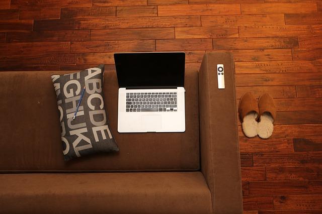 sofa dan lantai