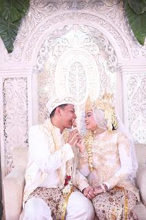 pernikahan adat sunda dengan siger