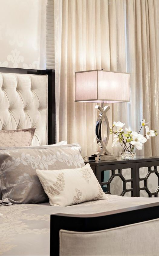 Modern Glamour Bedroom Designs