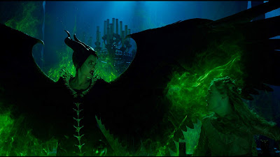 Maleficent Mistress Of Evil Elle Fanning Angelina Jolie Image 1