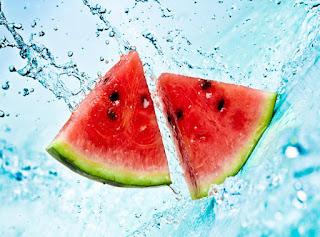 Φτιάξτε το δικό σας αποτοξινωτικό νερό!