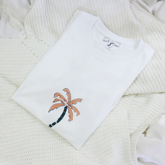 poze studio, poze studio t-shirt, ethical t-shirt, sustainable organic t-shirt uk, poze t-shirt, independent ethical brand uk, pozestudio review, poze studio blog review, poze studio clothing