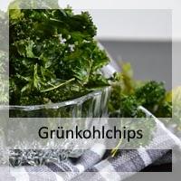 http://christinamachtwas.blogspot.de/2015/01/gesunder-snack-grunkohlchips-kalechips.html