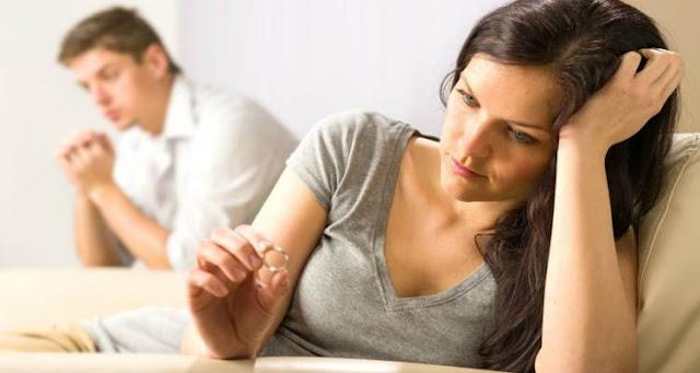 Συναινετικό διαζύγιο αυθημερόν με διαδικασίες εξπρές σε συμβολαιογράφο