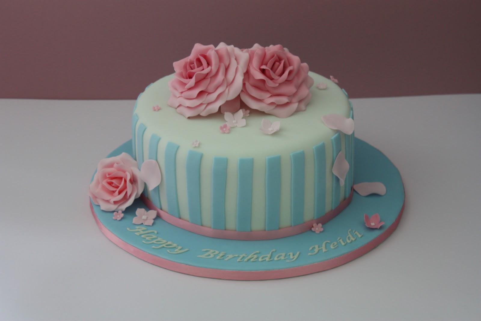 Tiers Amp Tiaras Vintage Roses Birthday Cake