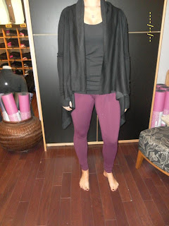 lululemon reflection wrap in black