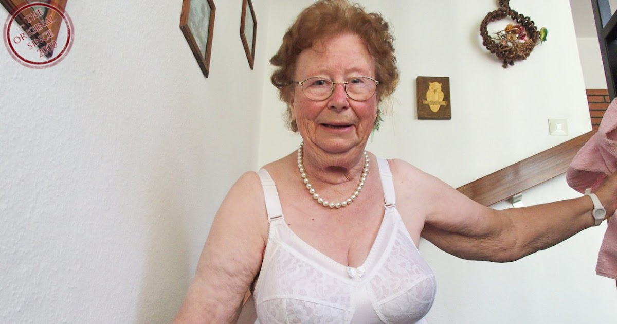 omageil-grannyloverboard-very-old-oma-live-sex