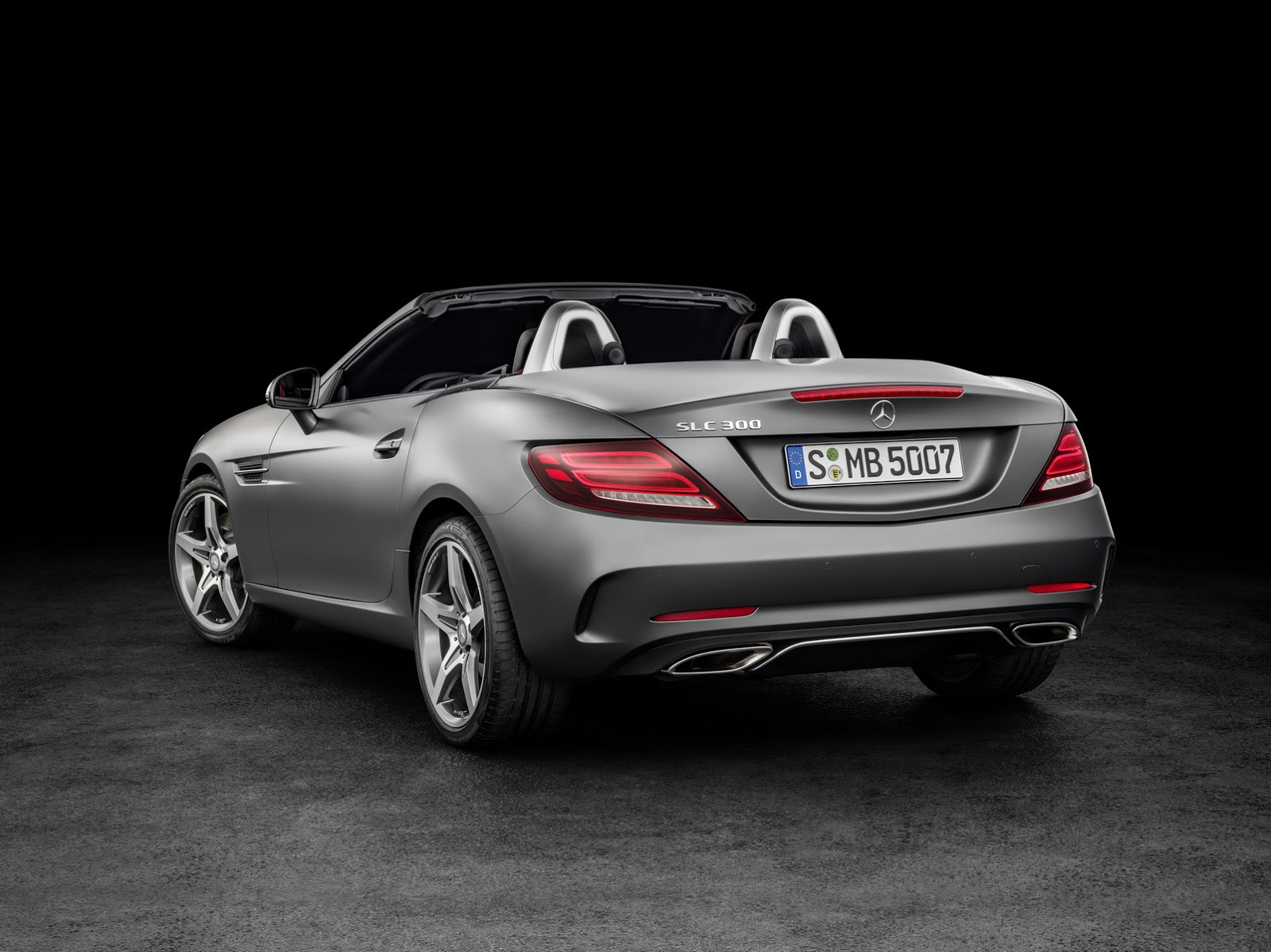 2017 mercedes benz slc brings a new face and turbo d v6 for the amg carscoops. Black Bedroom Furniture Sets. Home Design Ideas