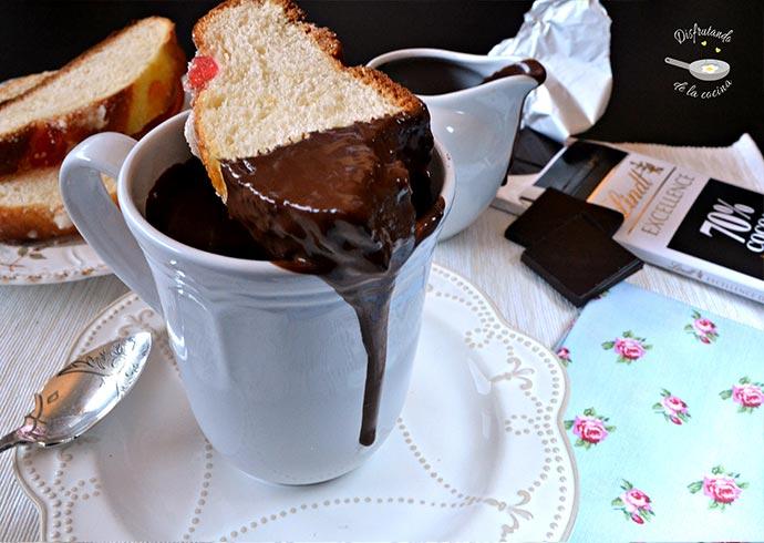 Chocolate a la taza al estilo italiano (Cioccolata Calda)