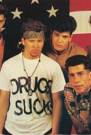 Drugs Sucks T-shirt as worn by Donnie Wahlberg of New Kids On The Block