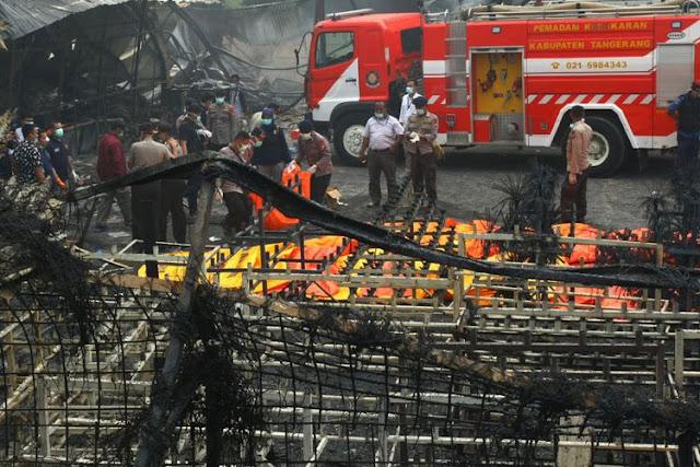 http://www.mejapoker88.info/2017/10/tragedi-kebakaran-di-pabrik-kembang-api.html