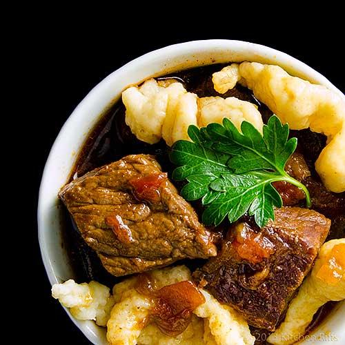 Hungarian Beef Paprika Stew (Pörkölt)