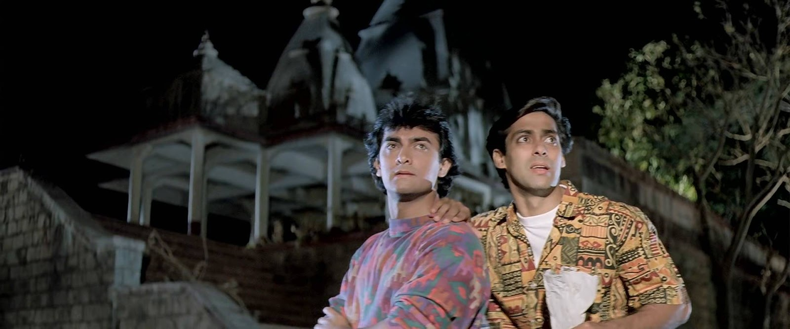 Andaz Apna Apna (1994) 4