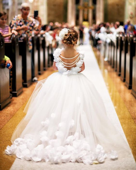 Goshing Little Bride Outfits For Your Weddings