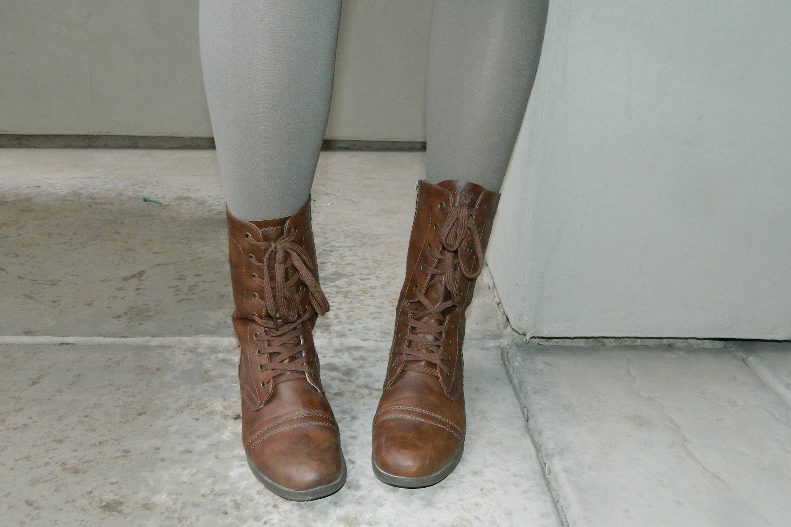 brown boots, combat boots