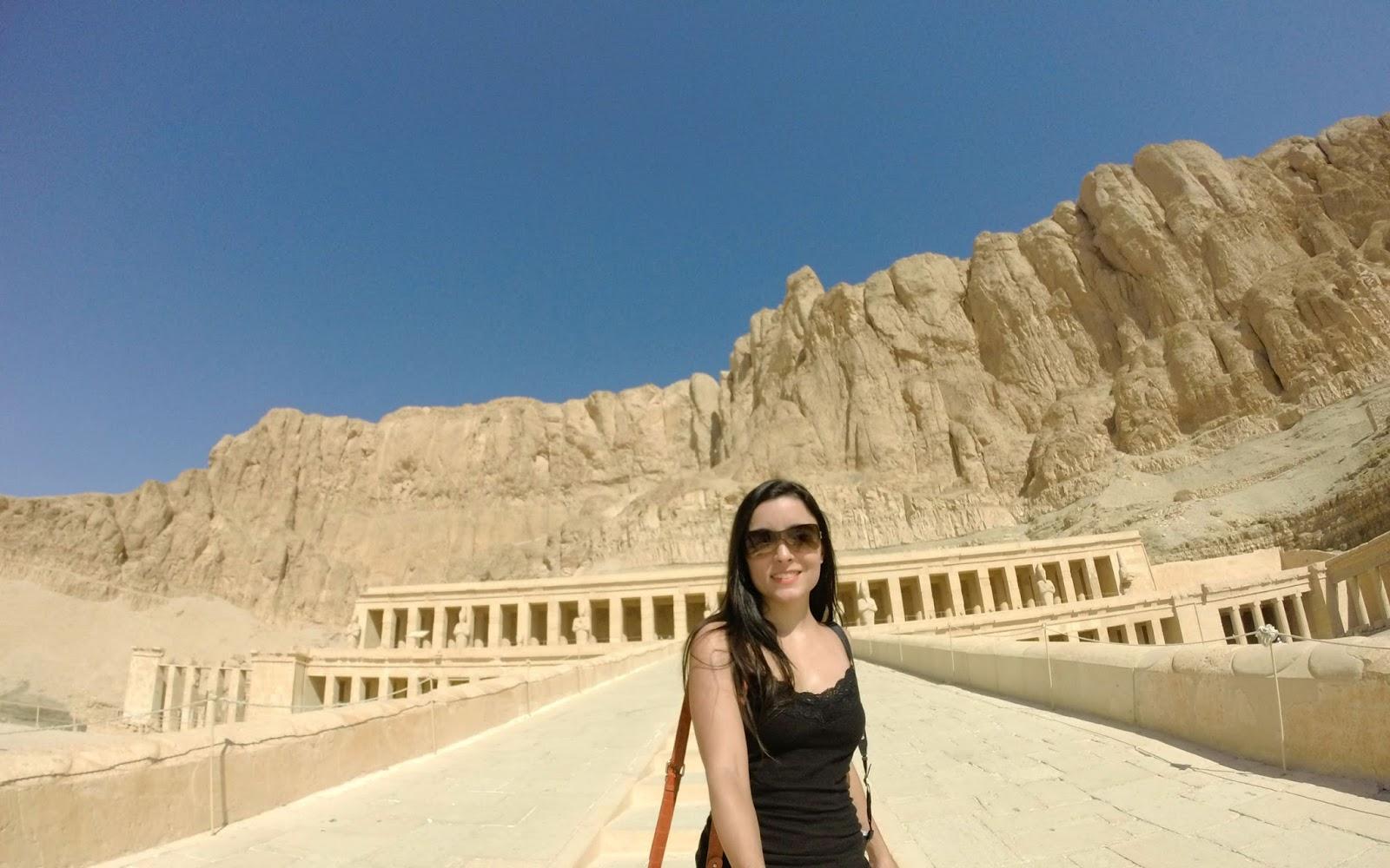 Al-Deir Al-Bahari Temple luxor egito