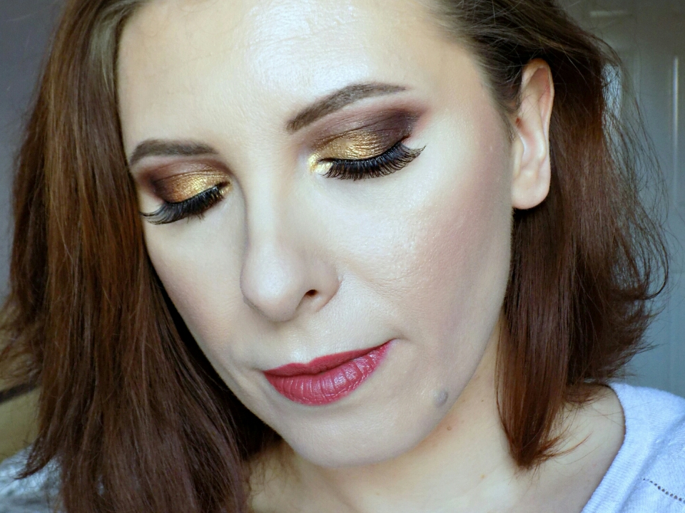 Makeup look using Zoeva Caramel Melange palette