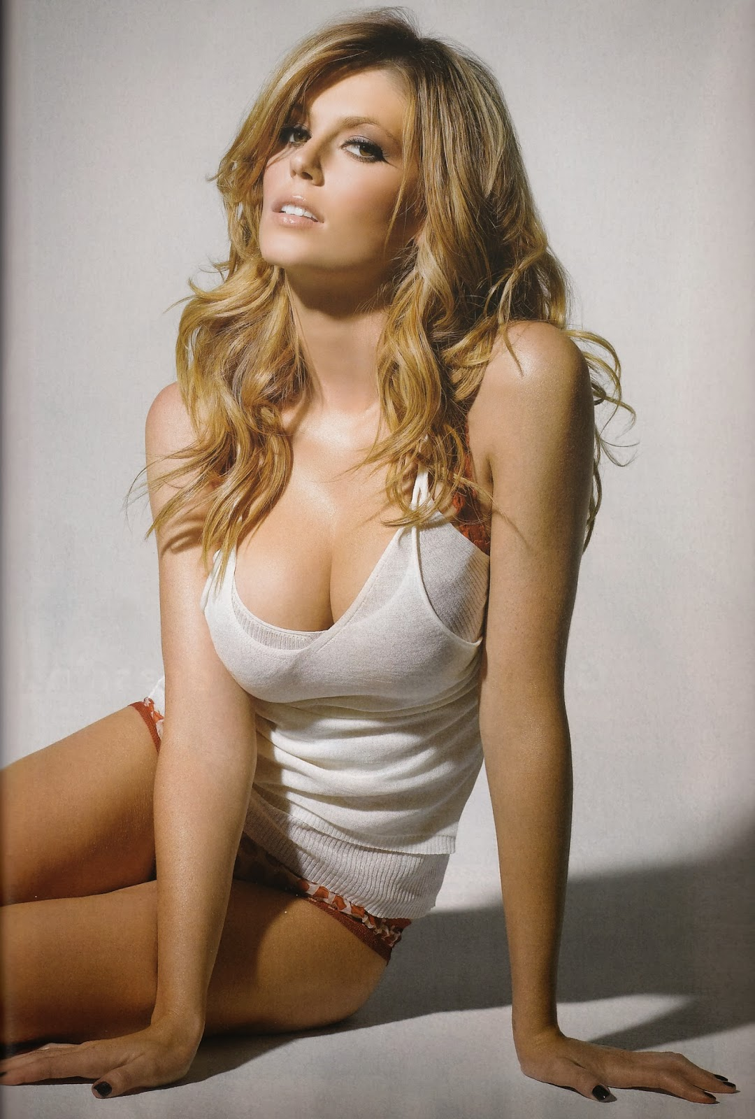Gorgeous 18 Year Old From France: The Sky Has Fallen: Hot Girl Of Horror #26: Diora Baird