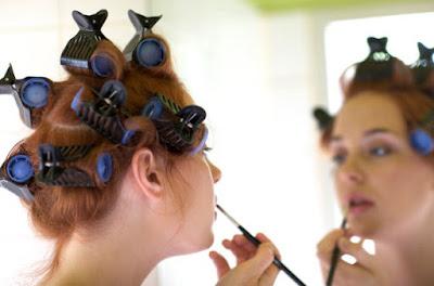4 Tips Ampuh Menggunakan Roll Rambut Tanpa Ribet