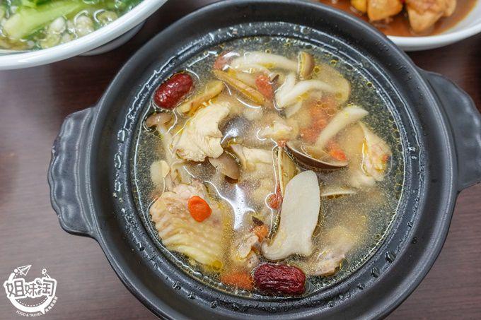 捌捌迷你土雞鍋-三民區中式料理