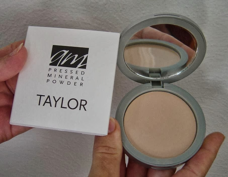 Advanced Mineral Makeup pressed powder foundation.jpeg