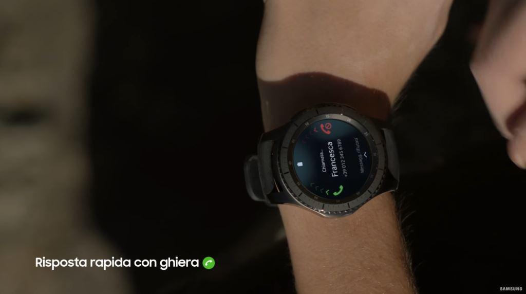 Pubblicità Gear S3, smartwatch Samsung terza generazione - Video e immagini spot Dicembre 2016