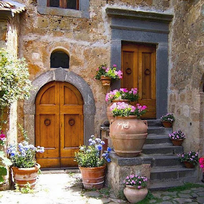 Tuscany on Facebook