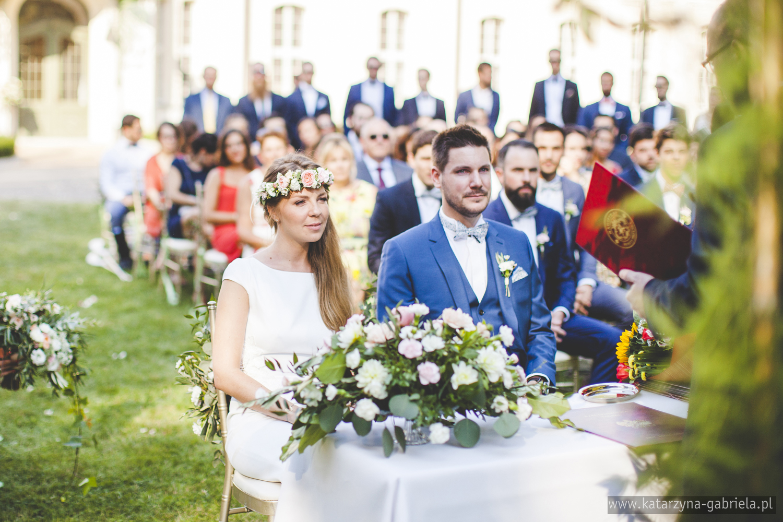 Polsko francuski ślub, Ślub w Krakowie, ślub w ogrodzie, Śluby międzynarodowe, Polsko Francuskie wesele, Ślub Cywilny w plenerze, Ślub w stylu francuskim, Romantyczny ślub, Wesele w Pałacu Goetz, Blog o ślubach, Najpiękniejsze śluby w Polsce