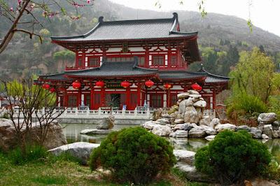 Gongshi. Huaqing Palace. Xi'an. China. Гонгши. Дворец Хуацин. Сиань. Китай.