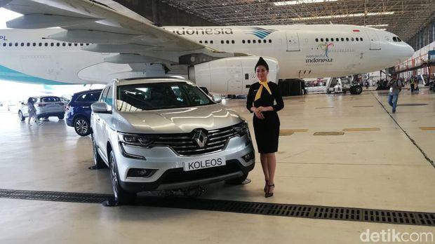 Mobil Baru Renault Lahir di Hangar Garuda Indonesia