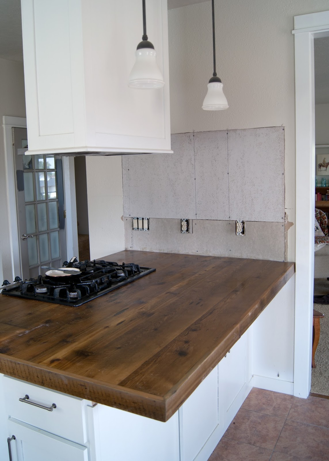 DIY Reclaimed Wood Countertop | Averie Lane: DIY Reclaimed ...